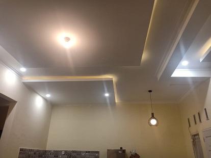 plafond gypsum motif gantung bertingkat - globaltukang.com
